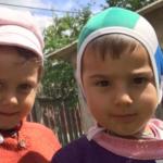 Pietroiu: Orfani crescuți cu ziua
