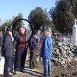 Călărași: Daniel Bălăngea, șeful de la cimitire, a fost prins luând mită 2.000 de euro